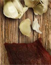 Beef Jerky Unlimited - Garlic Pork Jerky - Garlic is an excellent complement to our premium pork jerky.
